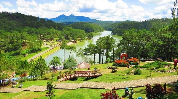 ve-may-bay-di-da-lat